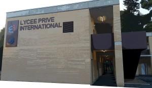 bâtiment du lycée privé international de montpellier baillargues