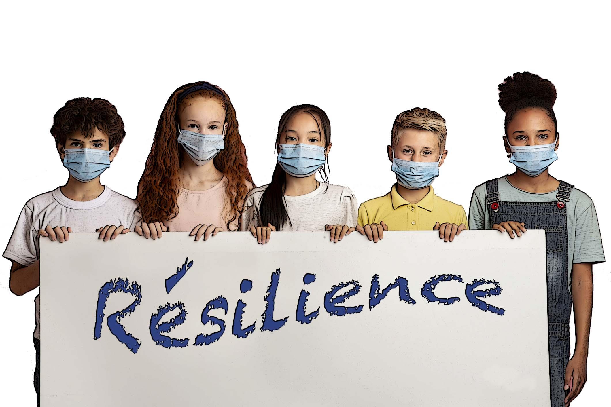 élèves tenant une pancarte résilience